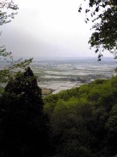 今朝の宮城県涌谷町箟岳山山頂から見た箟岳山北東方向の様子です。