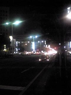 仙台市青葉区第一生命タワービル前交差点から南の方向を見た様子です。