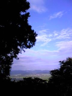 宮城県涌谷町箟岳山から見た箟岳山東側の様子です。