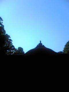 宮城県涌谷町箟岳山箟峯寺の上空は青空でした。