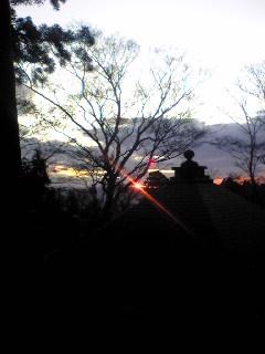 今朝の宮城県涌谷町箟岳山にある箟峯寺の様子です。