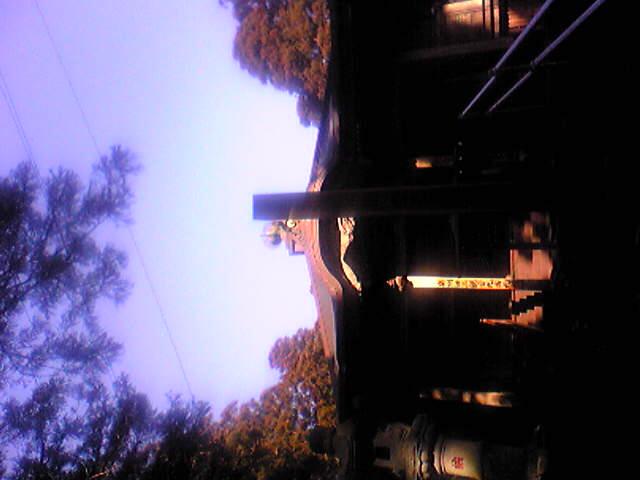 明けて昨日の朝の箟岳山上空の様子です。