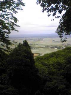 昨日夕方の宮城県涌谷町箟岳山のふもとの様子です。