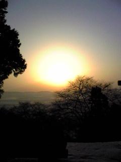 今朝の箟岳山の朝日です。
