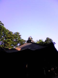 雲一つない今朝の箟峯寺上空の様子です。