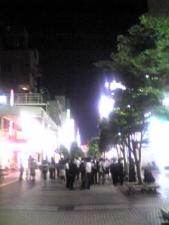 週末夜の仙台の繁華街、一番町の様子です。